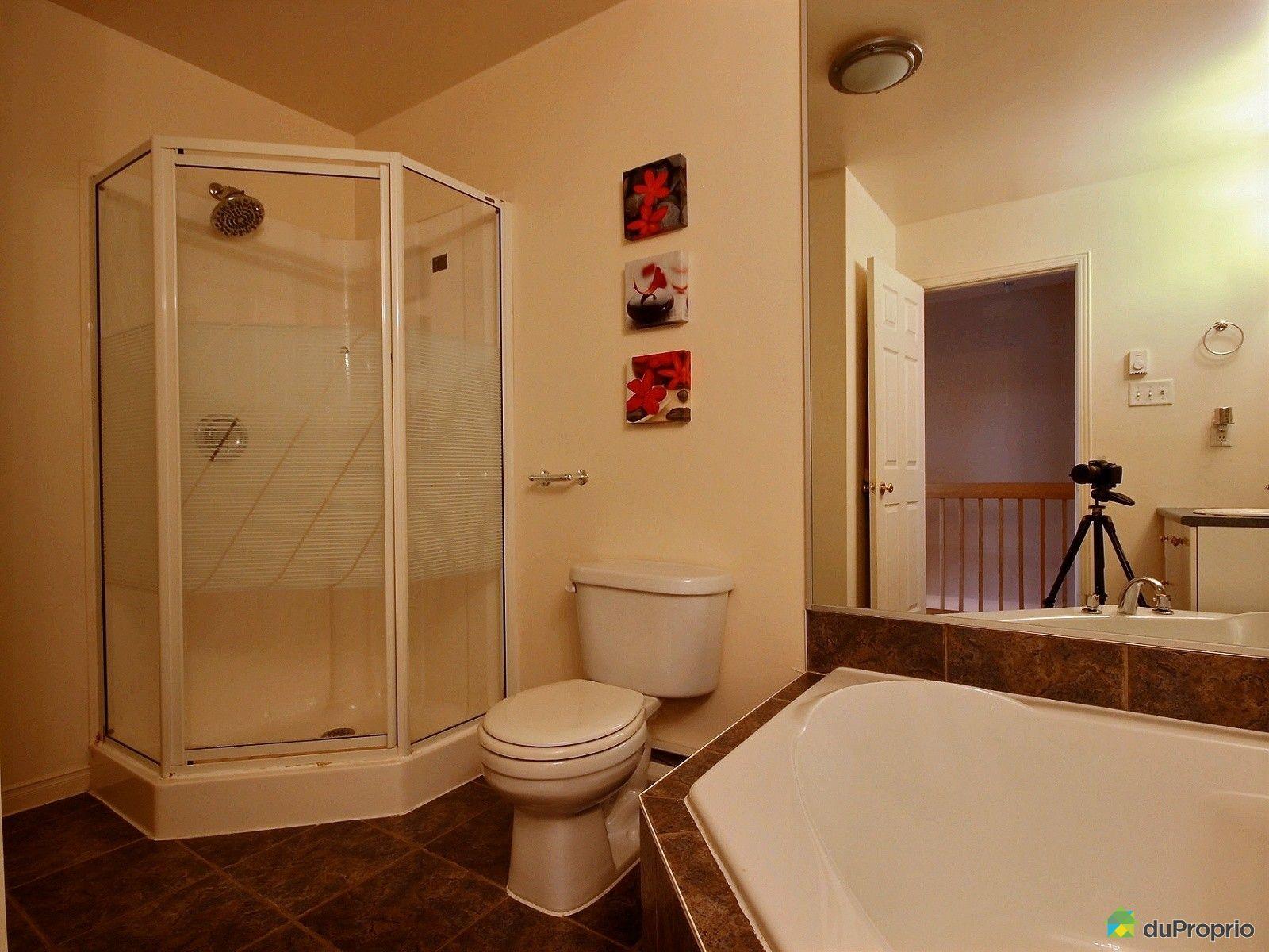 Maison vendu montr al immobilier qu bec duproprio 459737 for Salle de bain commune a deux chambres