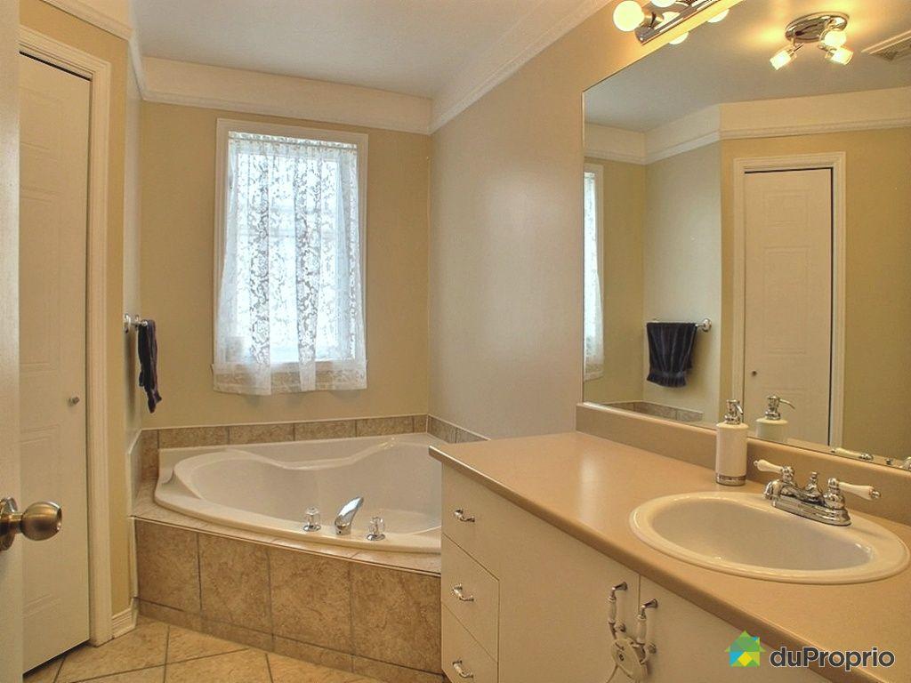 Maison vendu montr al immobilier qu bec duproprio 399840 for Accessoire salle de bain ville de quebec
