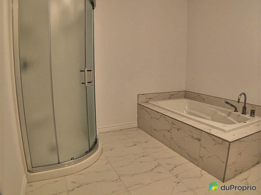 Maison neuve vendu rock forest immobilier qu bec duproprio 439268 for Salle de bain occasion tunisie