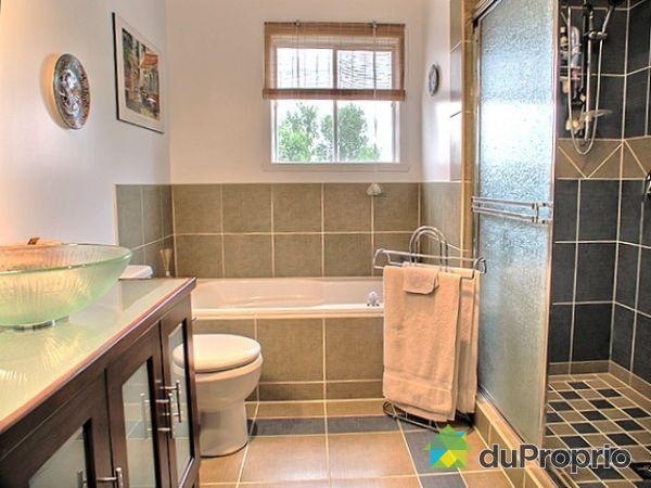 Maison vendu st basile le grand immobilier qu bec for Salle de bain commune a deux chambres