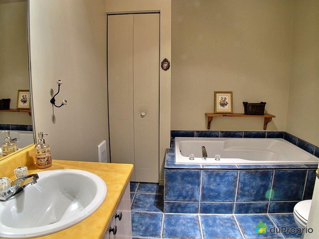 Maison vendu st j r me immobilier qu bec duproprio 402260 for Accessoire salle de bain st jerome