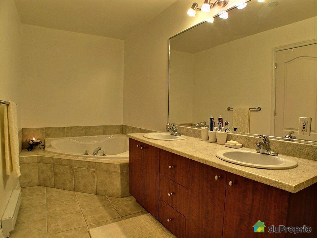 Maison vendu montr al immobilier qu bec duproprio 304109 for Salle de bain saint brieuc