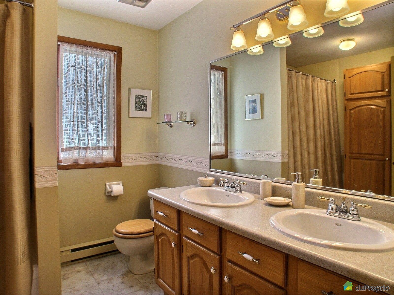 Maison vendre ste ad le 18 255 rue s raphin immobilier for Salle de bain commune a deux chambres