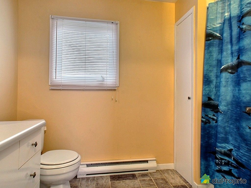 Maison vendu rimouski immobilier qu bec duproprio 555229 for Salle de bain mobile
