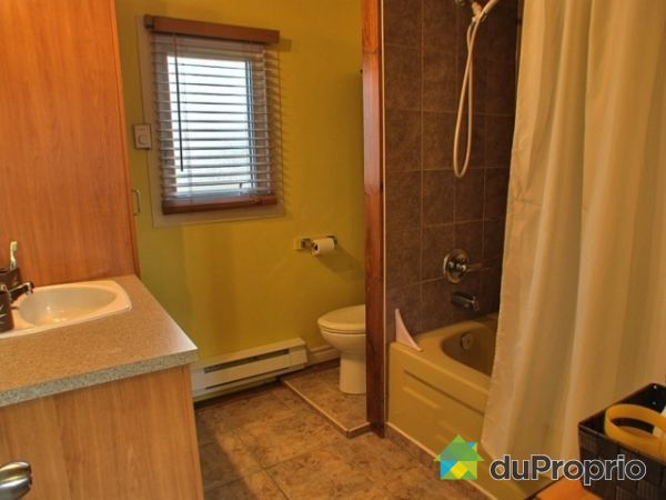 Maison vendu st mile immobilier qu bec duproprio 217498 for Salle de bain mobile