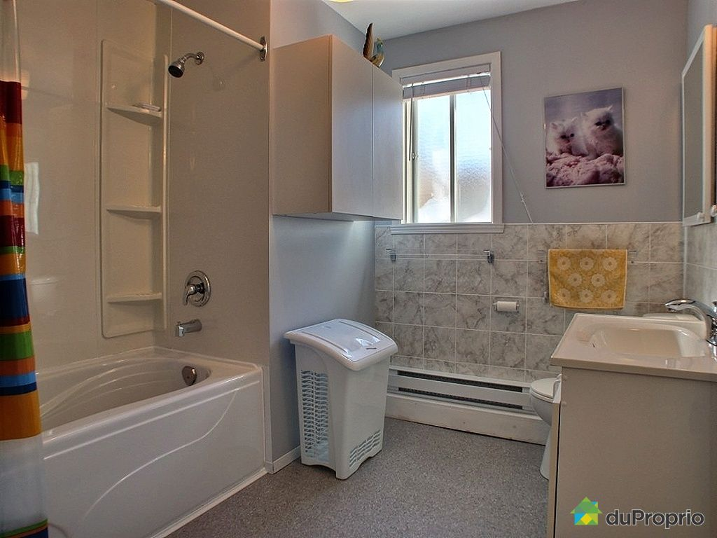 Maison vendu st jean sur richelieu immobilier qu bec for Salle de bain mobile