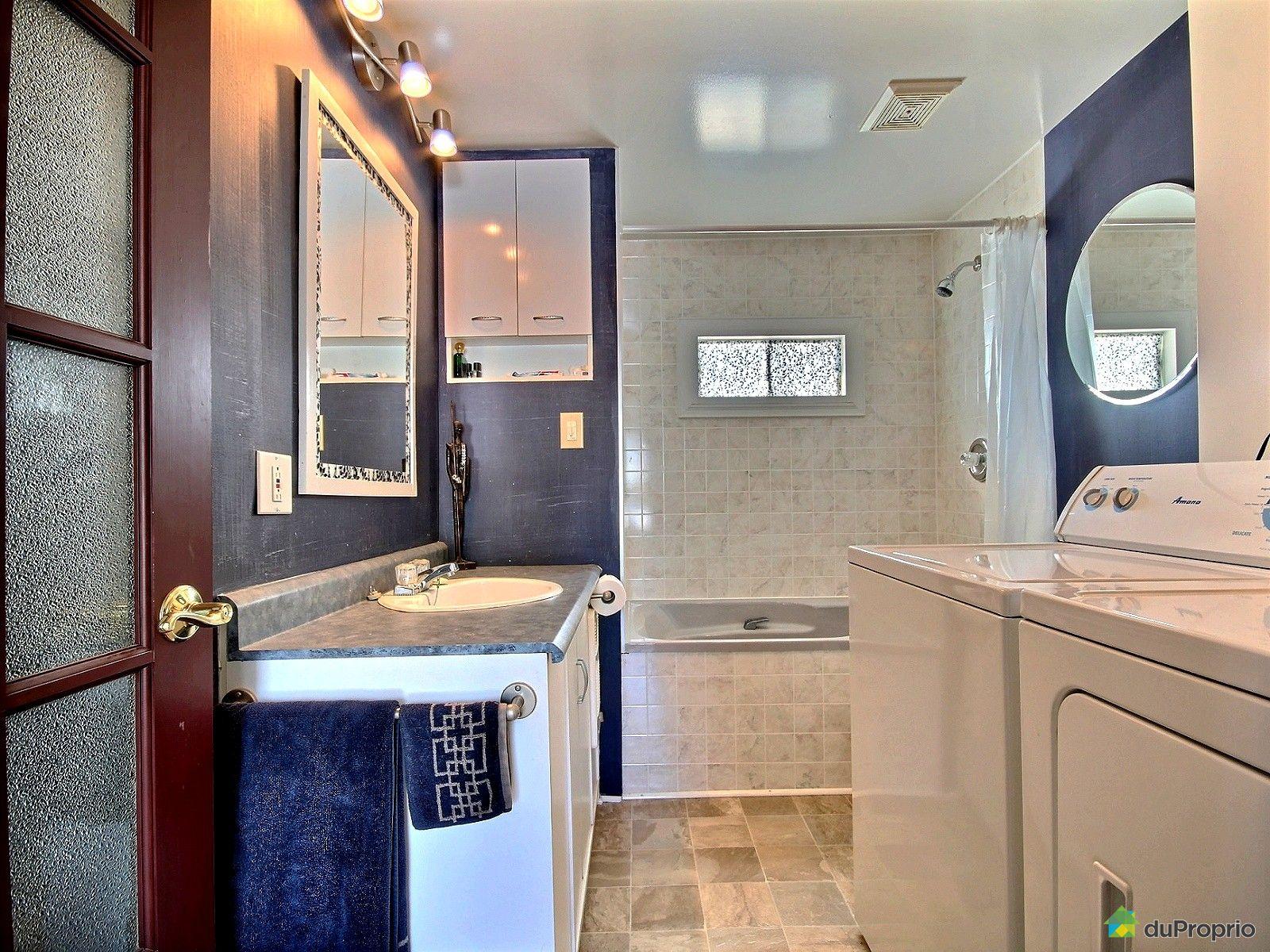 Maison vendu terrebonne immobilier qu bec duproprio for Salle de bain mobile