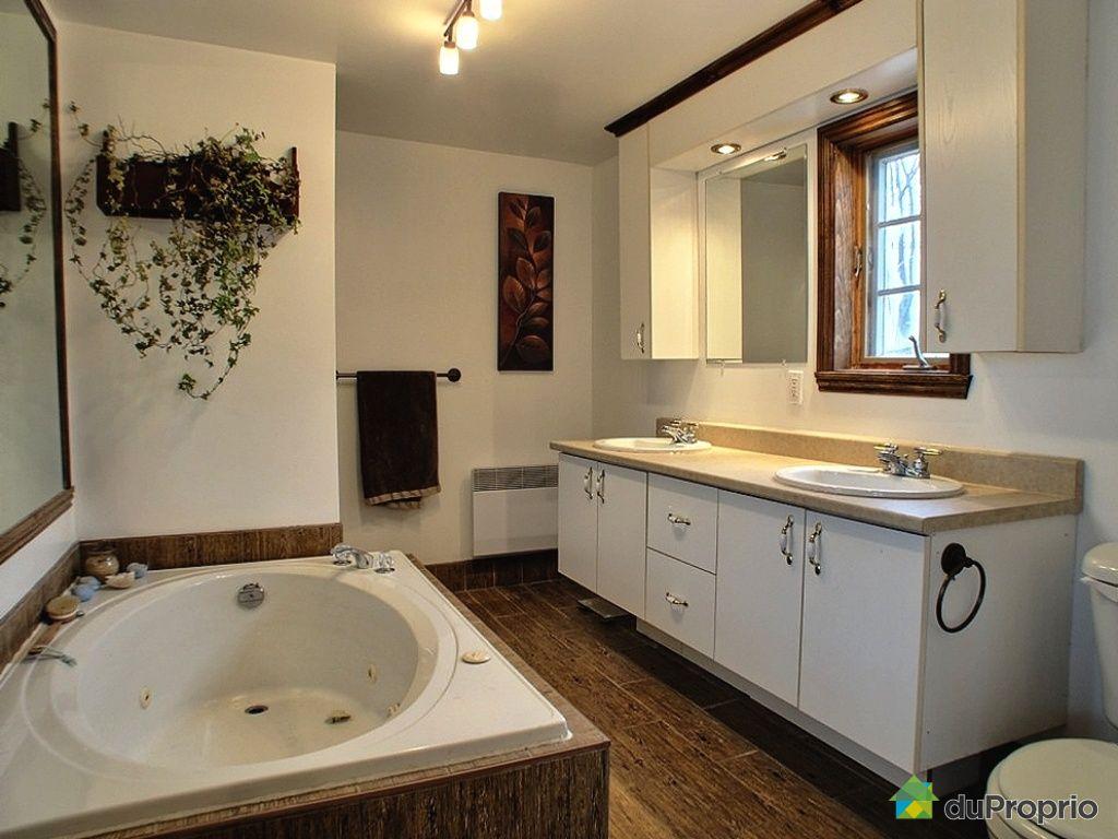 maison neuve vendu ile d 39 orleans st jean immobilier qu bec duproprio 331132. Black Bedroom Furniture Sets. Home Design Ideas