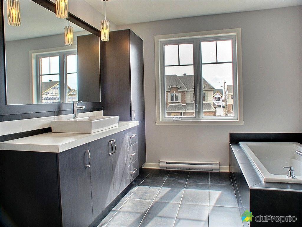 Construction maison neuve longueuil for Salle de bain longueuil