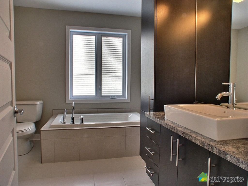 Salle de bain maison de retraite id es for Salle de bain quebec