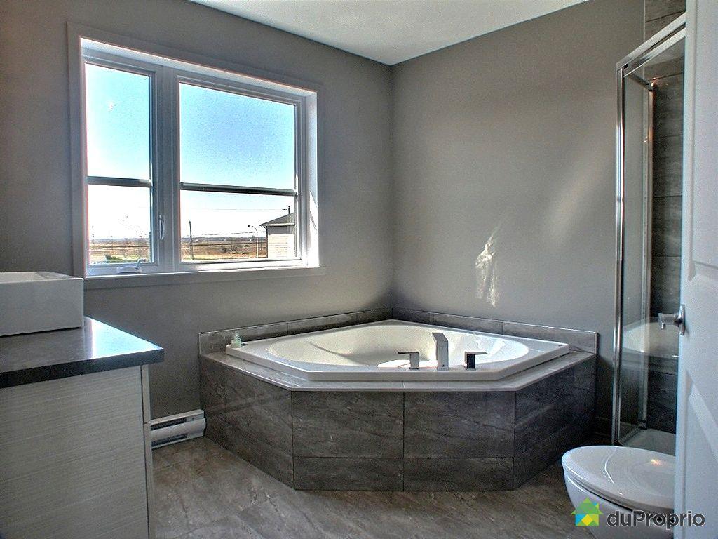 Salle de bain accessoires quebec avec des for Salle de bain st jean