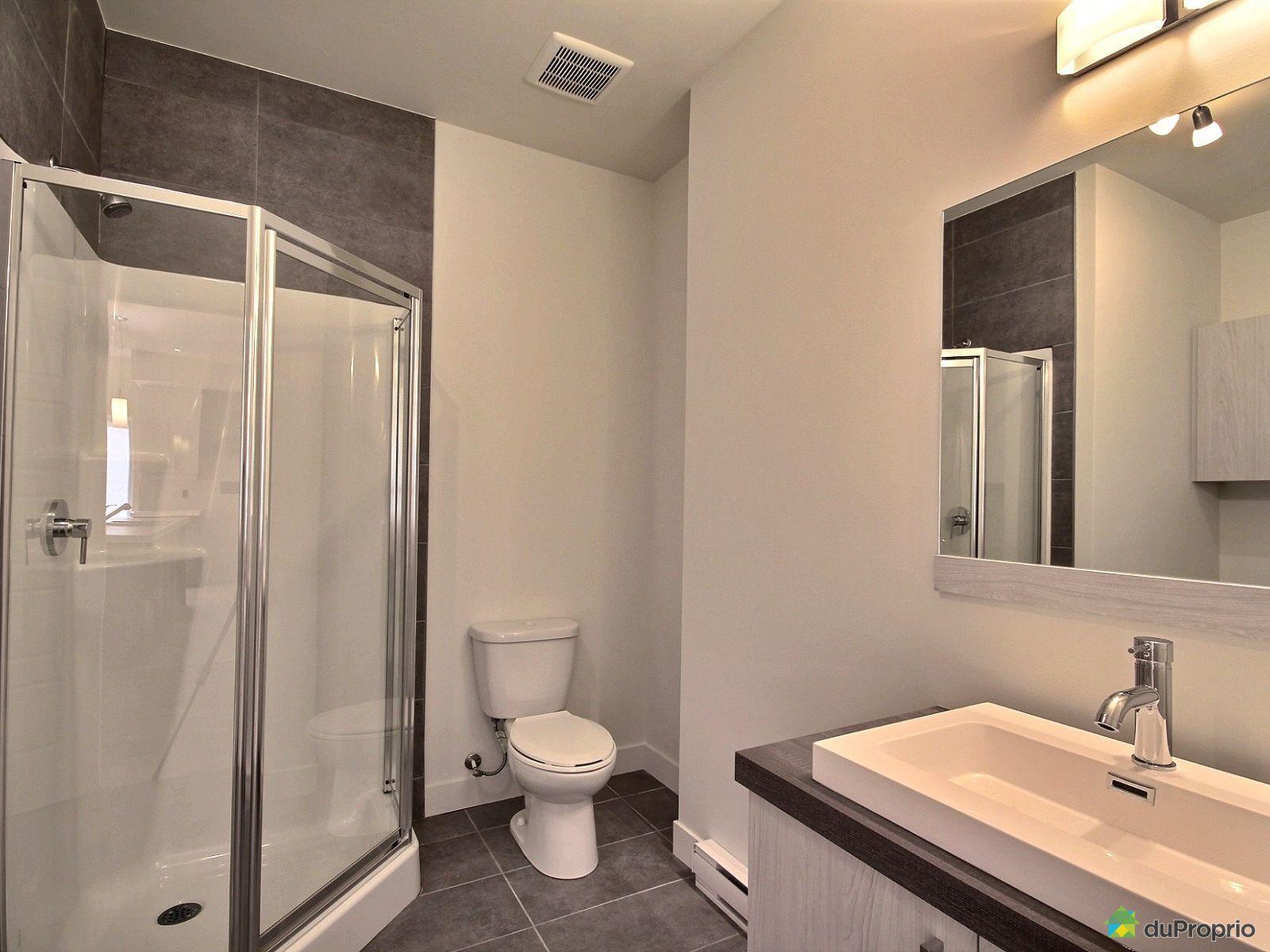 Maison neuve vendre st j r me 420 rue des eaux vives for Accessoire salle de bain st jerome