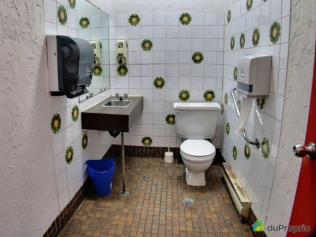Restauration vendre lac st charles 1136 avenue du lac for Salle de bain saint brieuc