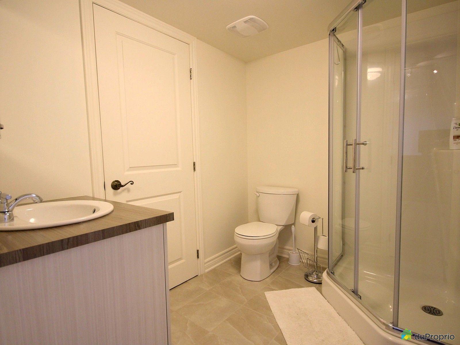 Jumel vendu chambly immobilier qu bec duproprio 529710 for Salle de bain sous sol