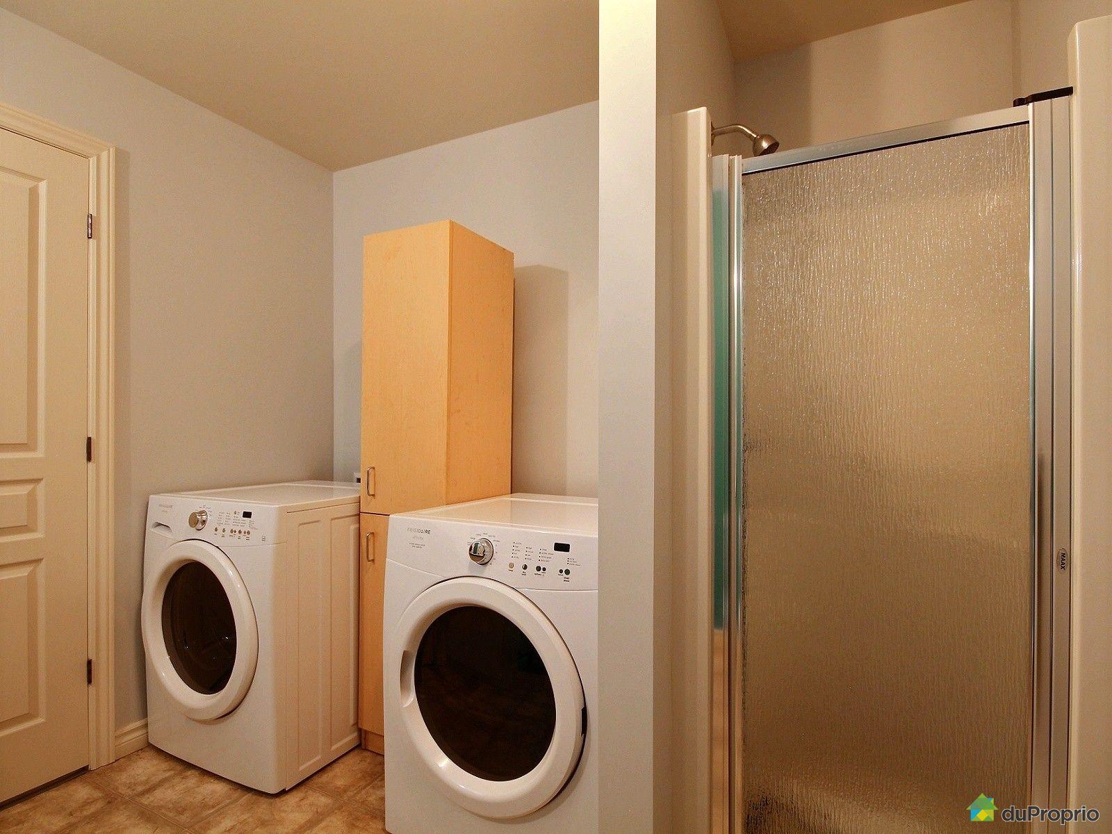 Jumel vendu sherbrooke immobilier qu bec duproprio for Luminosite salle de bain sans fenetre