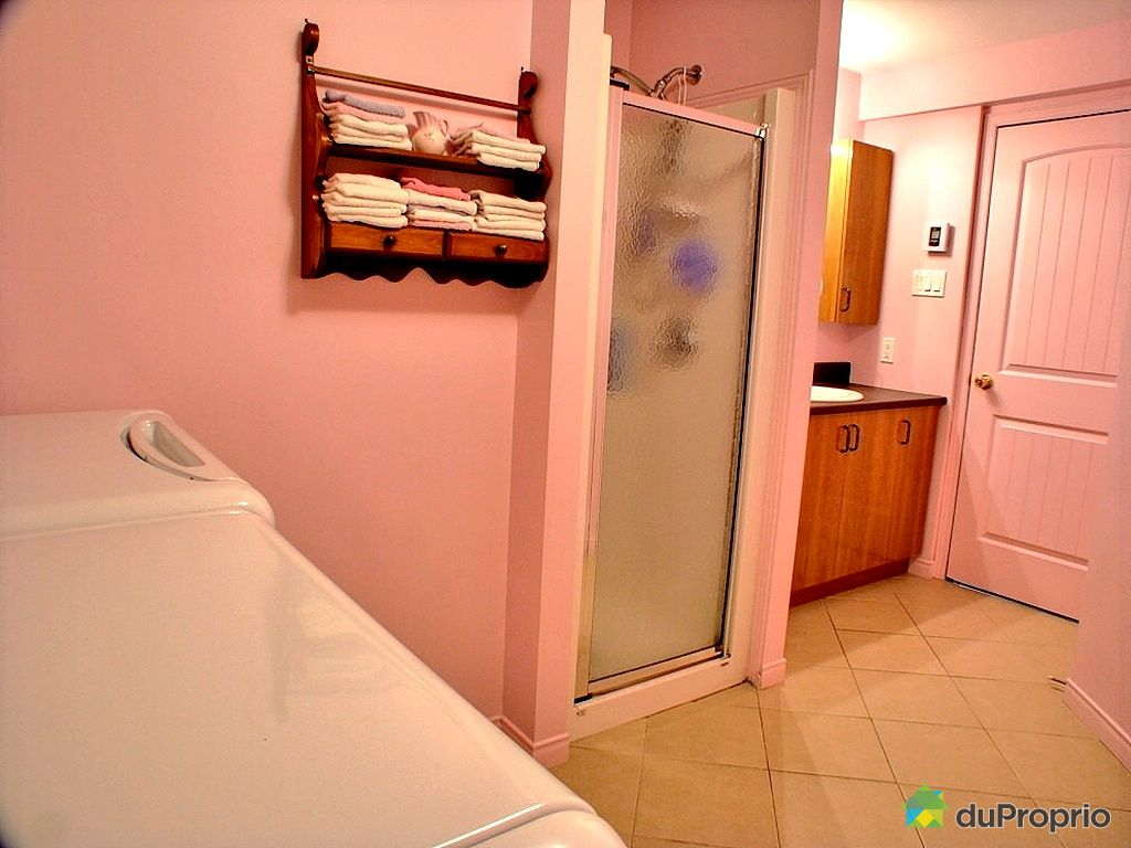 jumel vendu trois rivi res ouest immobilier qu bec duproprio 305985. Black Bedroom Furniture Sets. Home Design Ideas
