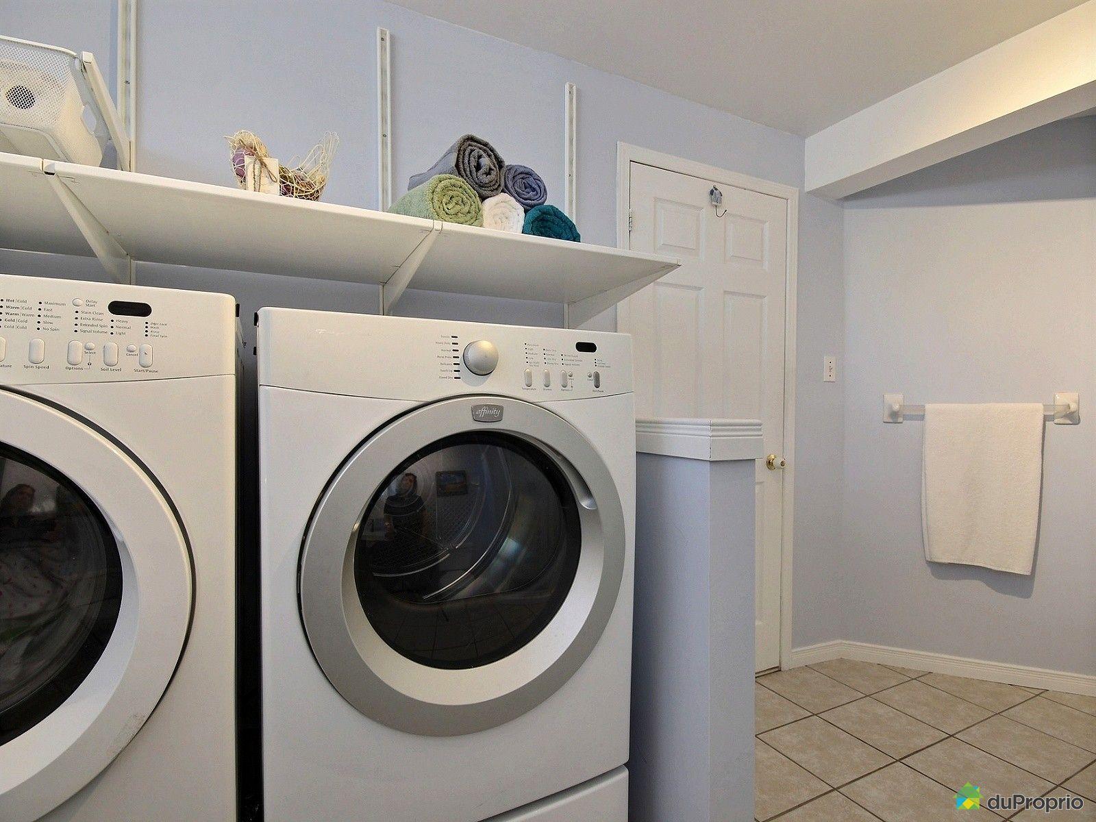 Maison vendre louiseville 2030 rue de la luzerne for Salle de bain commune a deux chambres