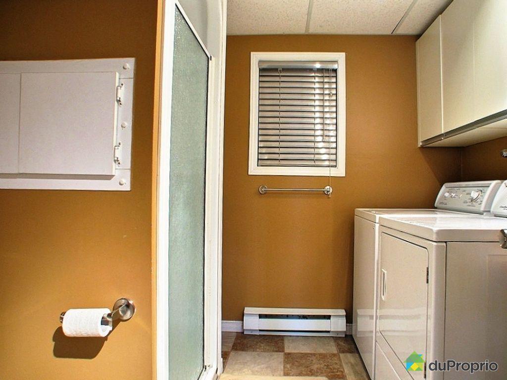 Maison vendre st jean chrysostome 935 rue de la prairie for Prix salle de bain sous sol