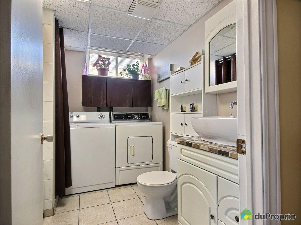 D co vendeur salle de bain lyon 2833 vendeur for Vendeur salle de bain