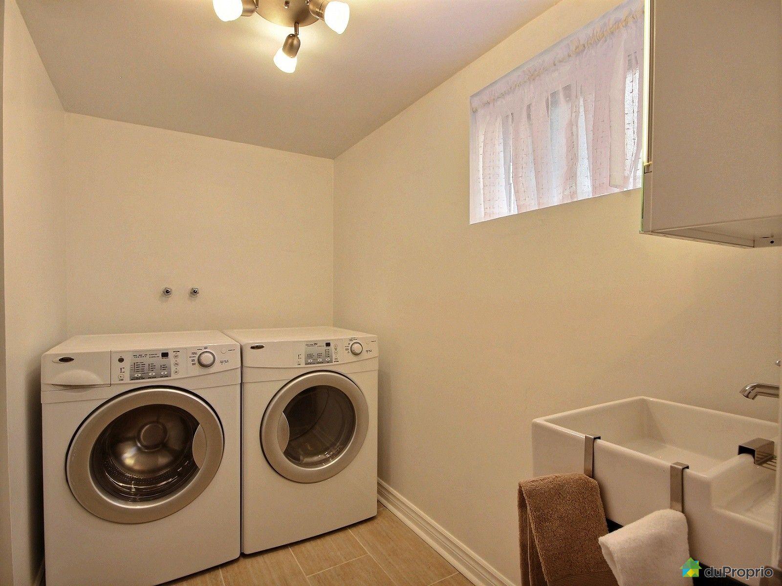 Maison vendu brossard immobilier qu bec duproprio 552446 for Salle de bain sous sol sans fenetre