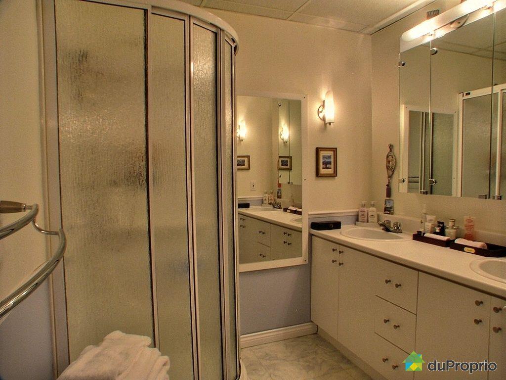 Maison vendu chicoutimi immobilier qu bec duproprio for Salle de bain sous sol sans fenetre