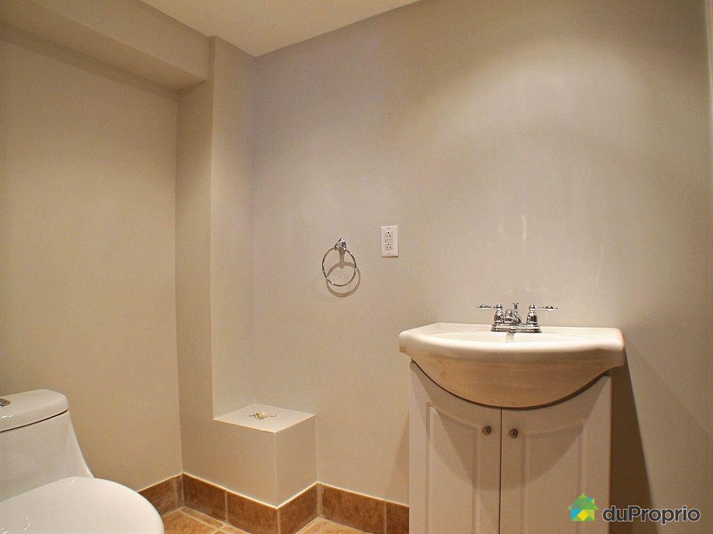 Maison vendu chomedey immobilier qu bec duproprio 500712 for Salle de bain sous sol