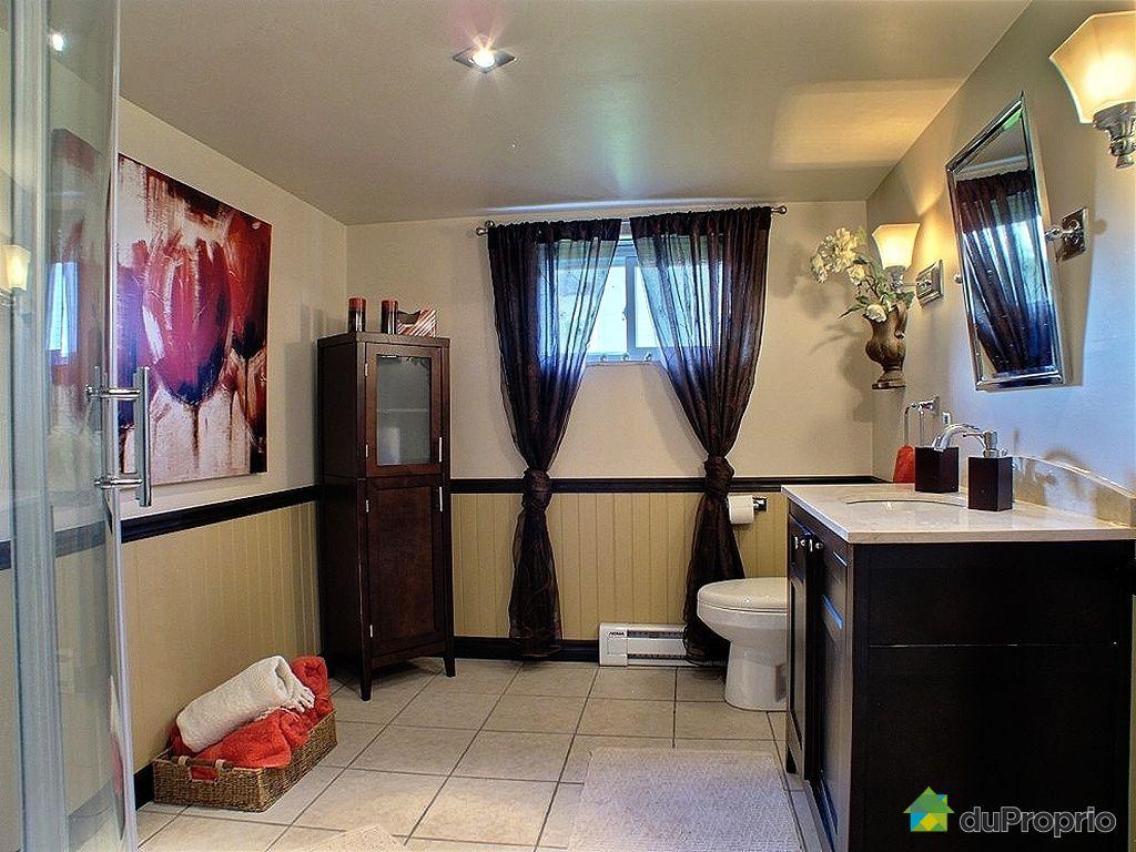 Maison vendu issoudun immobilier qu bec duproprio 432152 for Plomberie salle de bain au sous sol