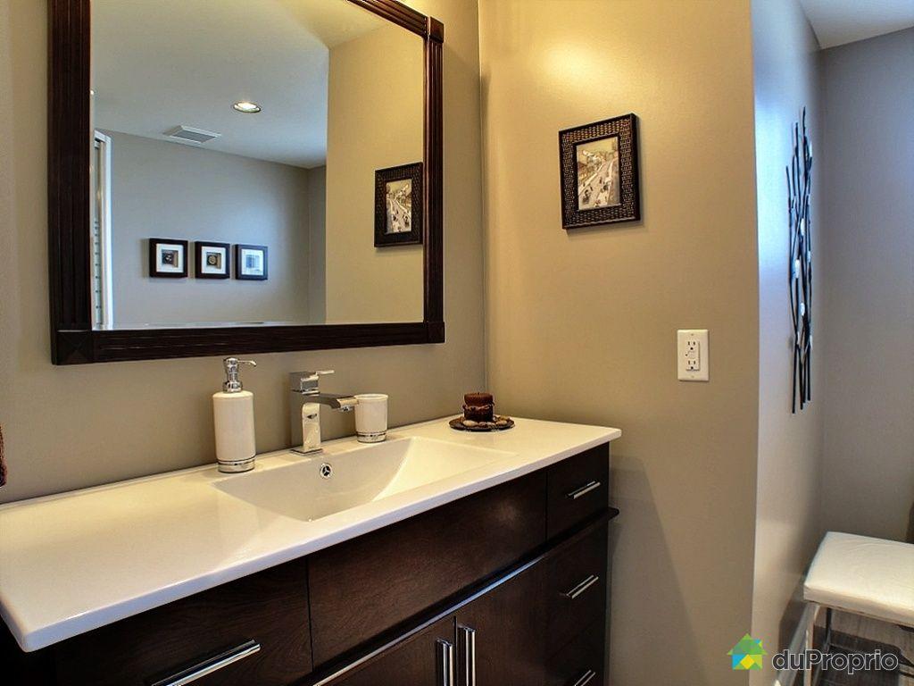 Maison vendu laval des rapides immobilier qu bec for Accessoire salle de bain laval