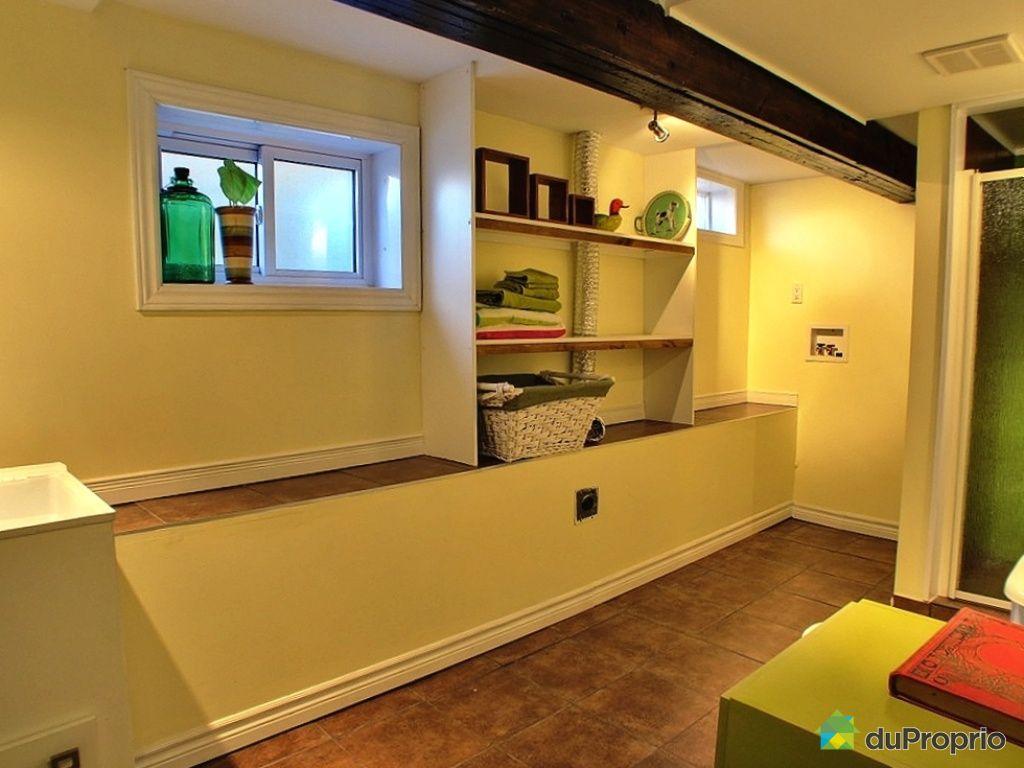 maison vendu saint sauveur immobilier qu bec duproprio 384204. Black Bedroom Furniture Sets. Home Design Ideas