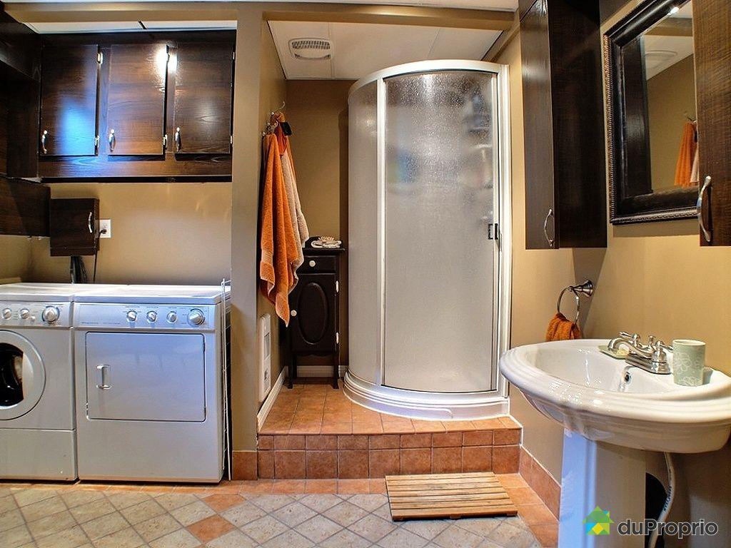 Maison vendu sherbrooke immobilier qu bec duproprio for Plomberie sous sol salle de bain
