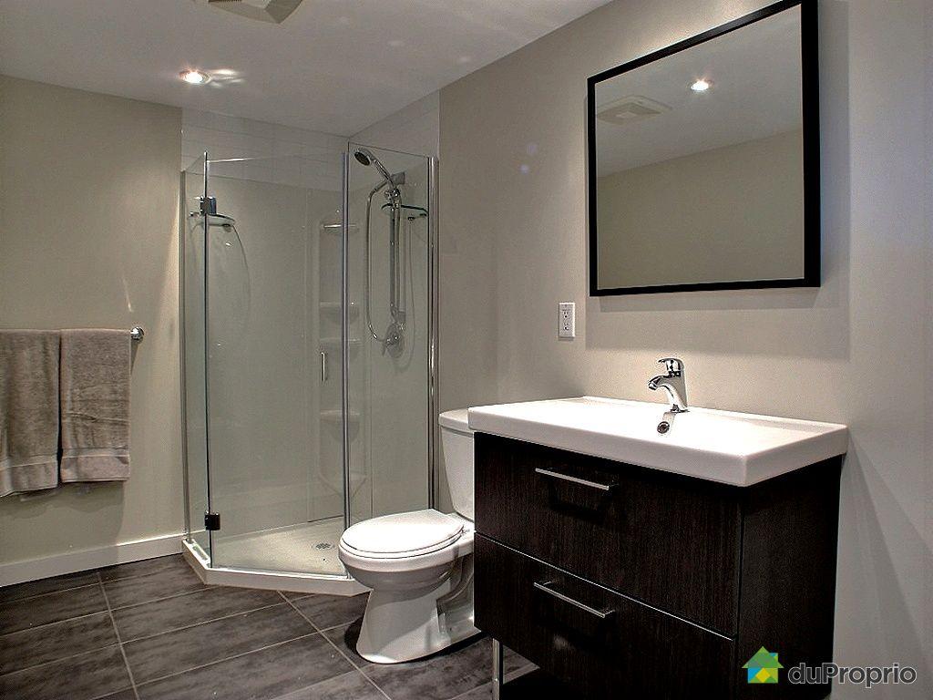 Maison vendu st bruno de montarville immobilier qu bec for Salle de bain sous sol sans fenetre
