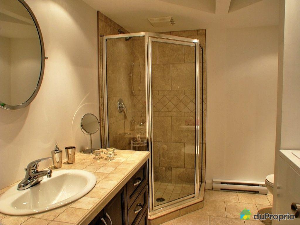 Maison vendu st jean chrysostome immobilier qu bec for Salle de bain quebec