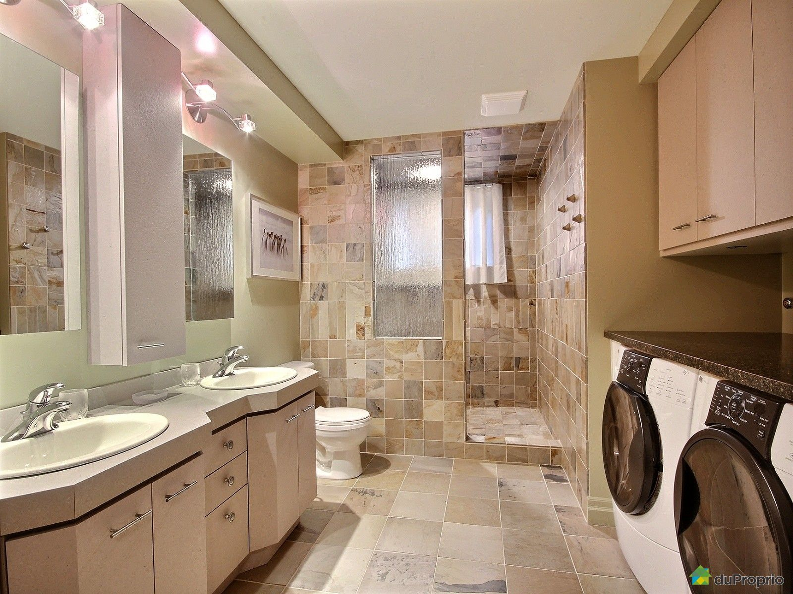 Maison vendu st jean sur richelieu immobilier qu bec for Plancher salle de bain sous sol