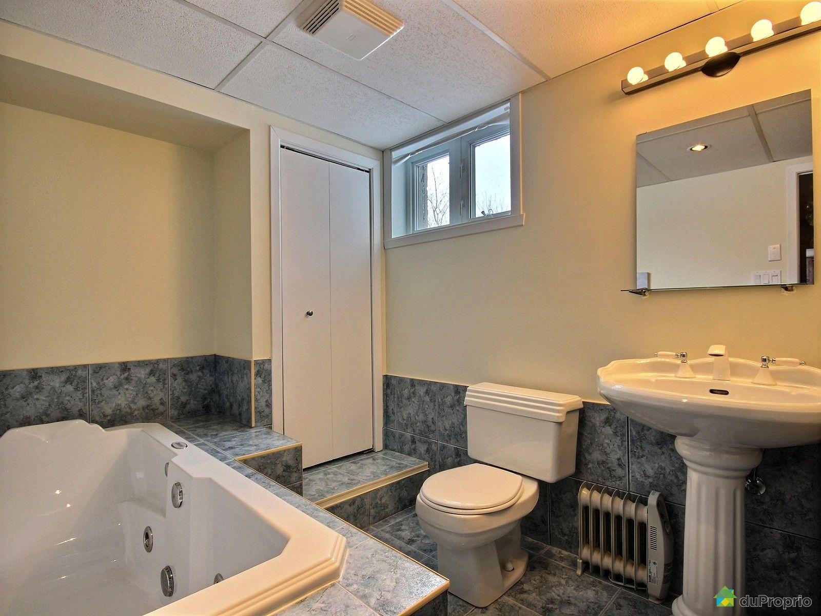 Maison vendu st jean sur richelieu immobilier qu bec for Plomberie sous sol salle de bain