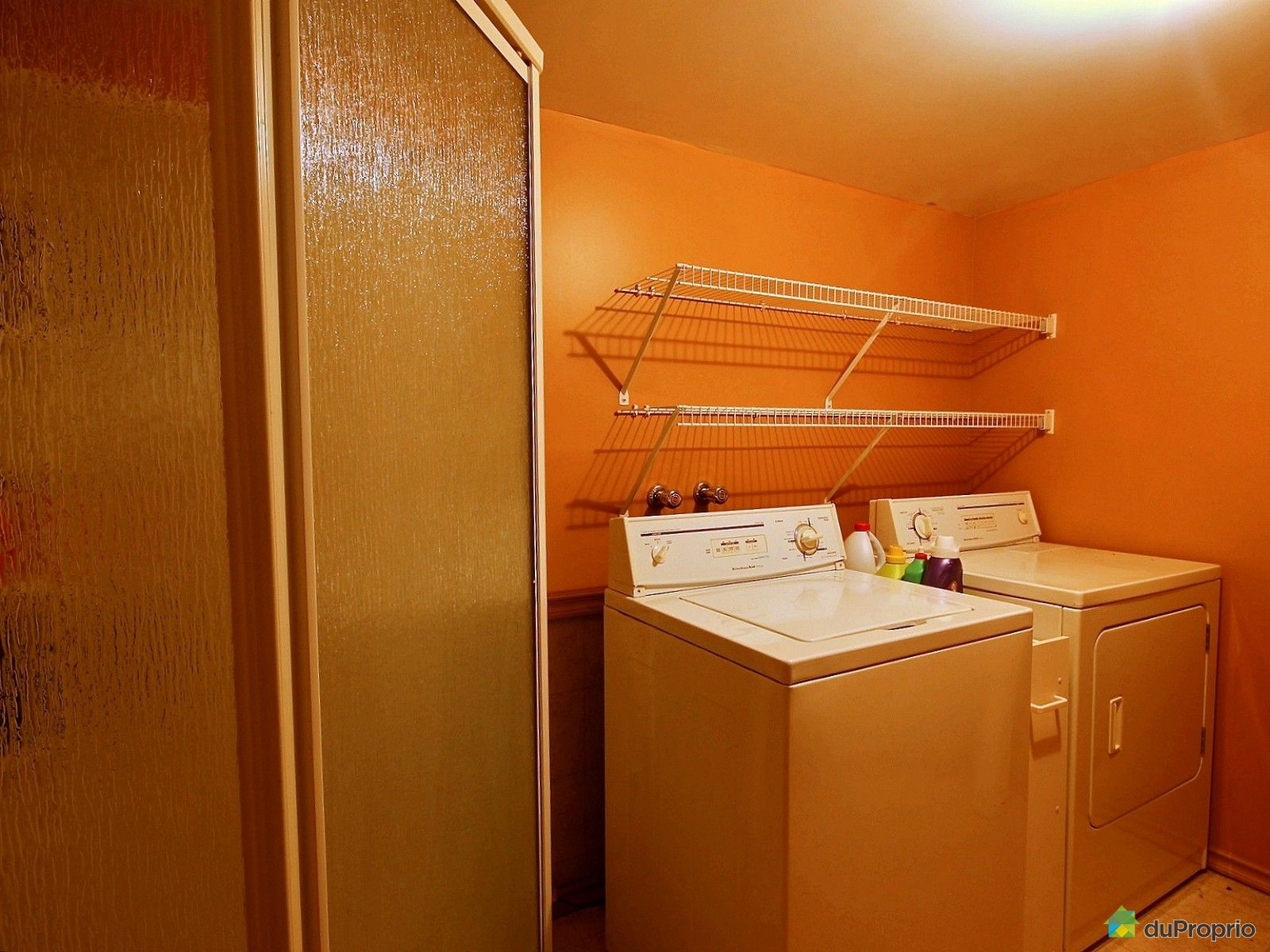 Maison vendre st j r me 1146 rue de l 39 acajou for Accessoire salle de bain st jerome