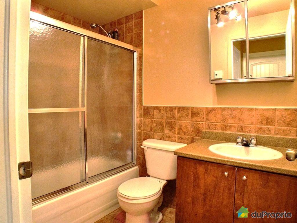 Maison vendu st sauveur immobilier qu bec duproprio for Salle de bain sous sol sans fenetre