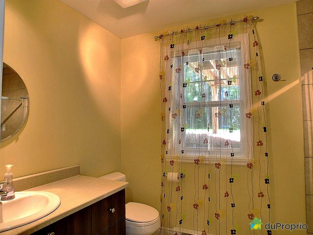 Maison vendu ste anne des lacs immobilier qu bec for Prix salle de bain sous sol