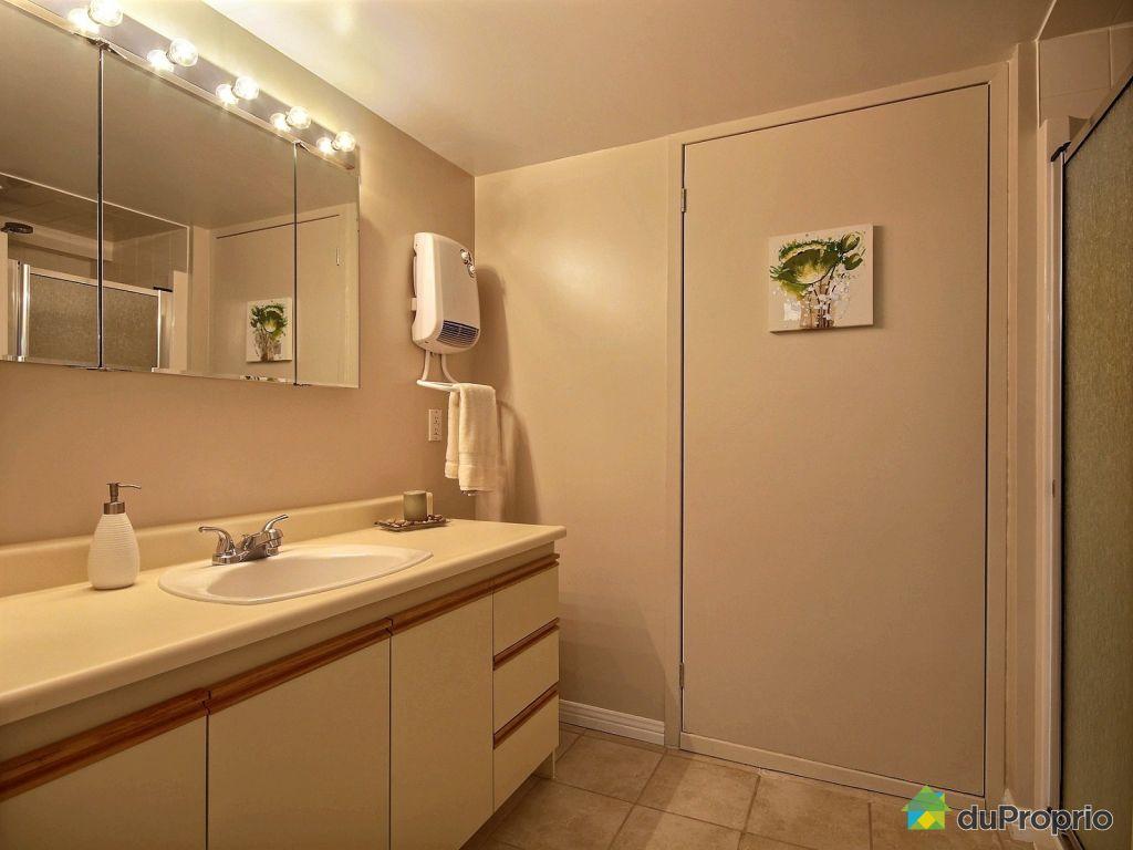 Maison vendu ste c cile de milton immobilier qu bec for Reno salle de bain quebec