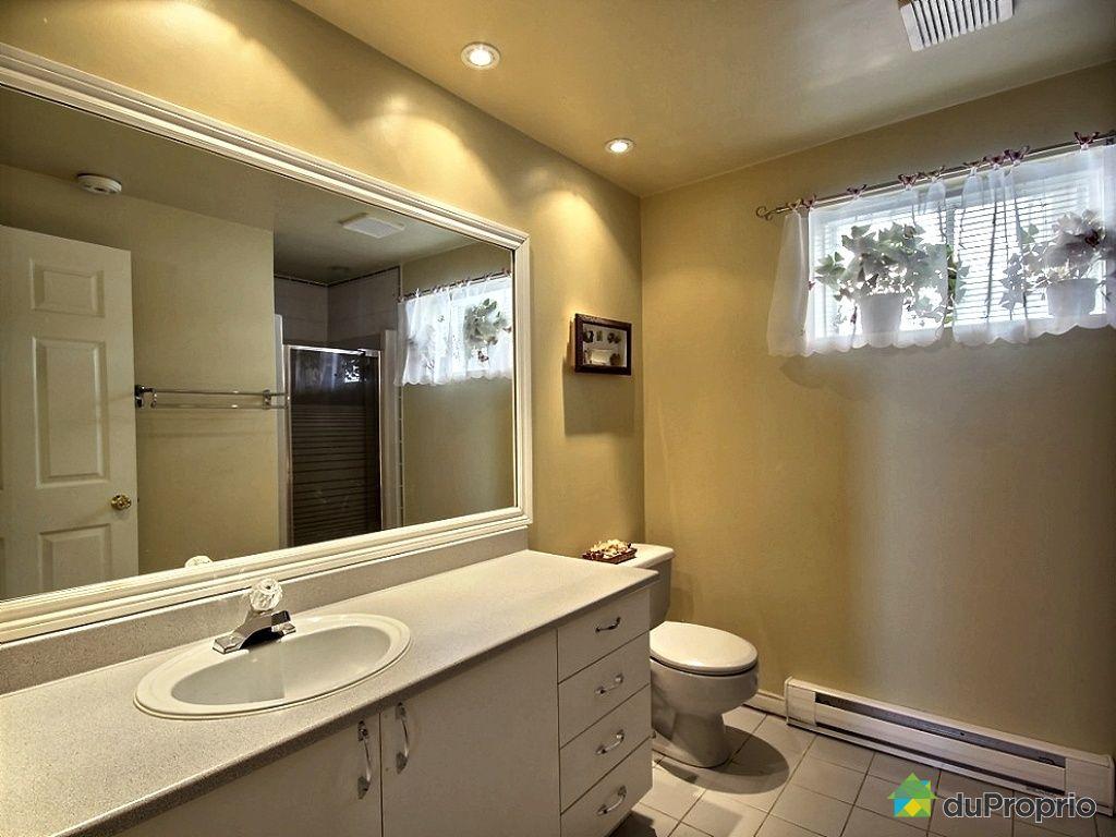 Maison vendu ste julie immobilier qu bec duproprio 481599 for Plancher salle de bain sous sol