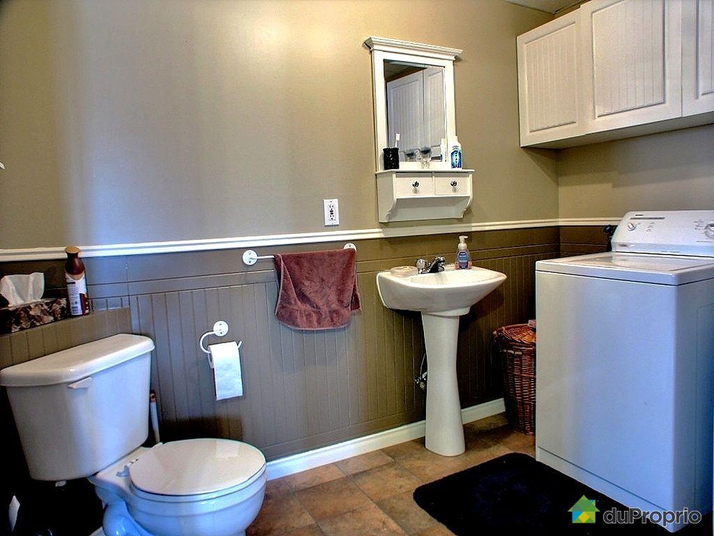 Bungalow sur lev vendu trois rivi res immobilier qu bec for Prix salle de bain sous sol