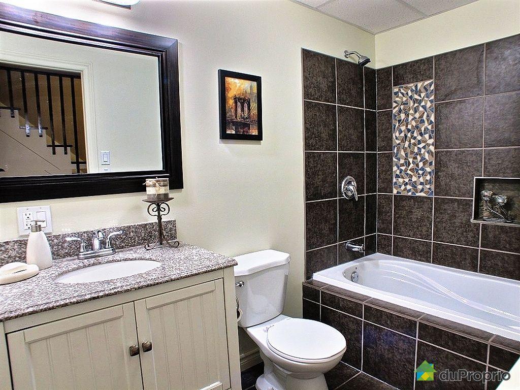 Maison vendu val b lair immobilier qu bec duproprio for Salle de bain quebec