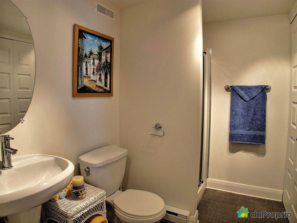 Maison vendre boisbriand 1690 rue des francs bourgeois for Accessoire salle de bain ville de quebec