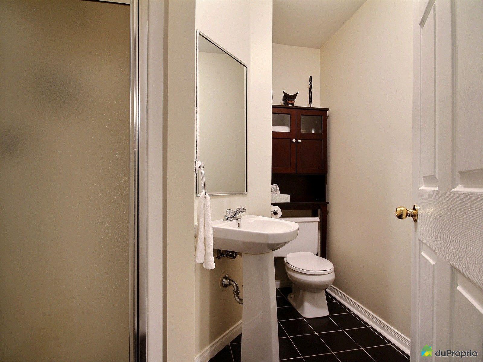 Maison vendu charlesbourg immobilier qu bec duproprio for Prix salle de bain sous sol