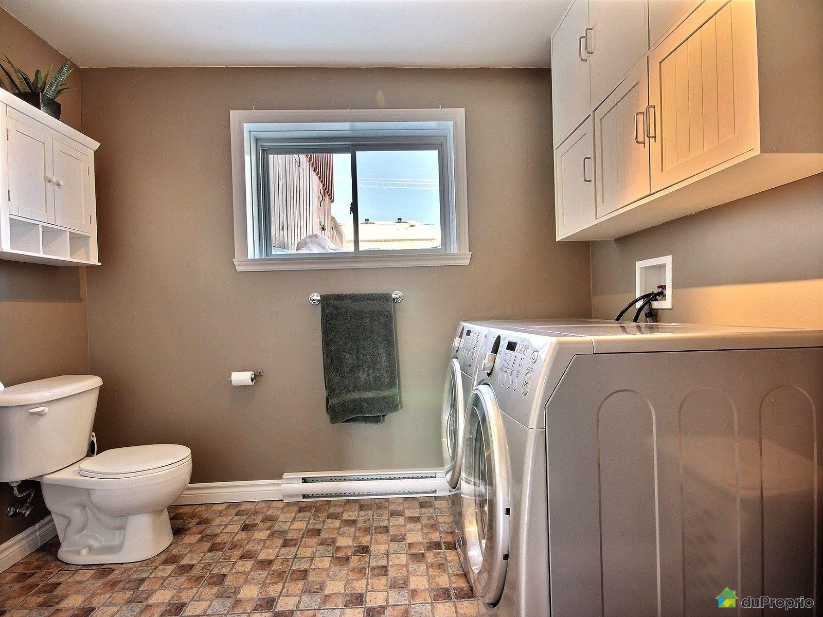 Maison vendu charlesbourg immobilier qu bec duproprio for Salle de bain commune a deux chambres