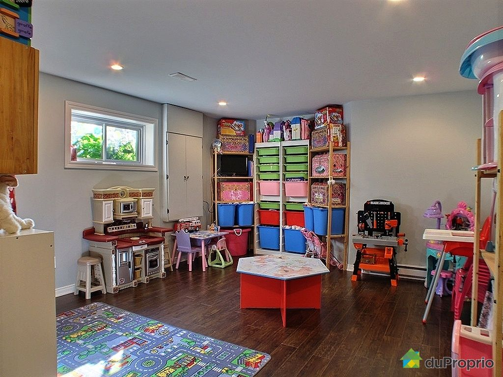 amnager salle de jeux free amenagement salle de jeux destin amenagement salle de jeux salle de. Black Bedroom Furniture Sets. Home Design Ideas