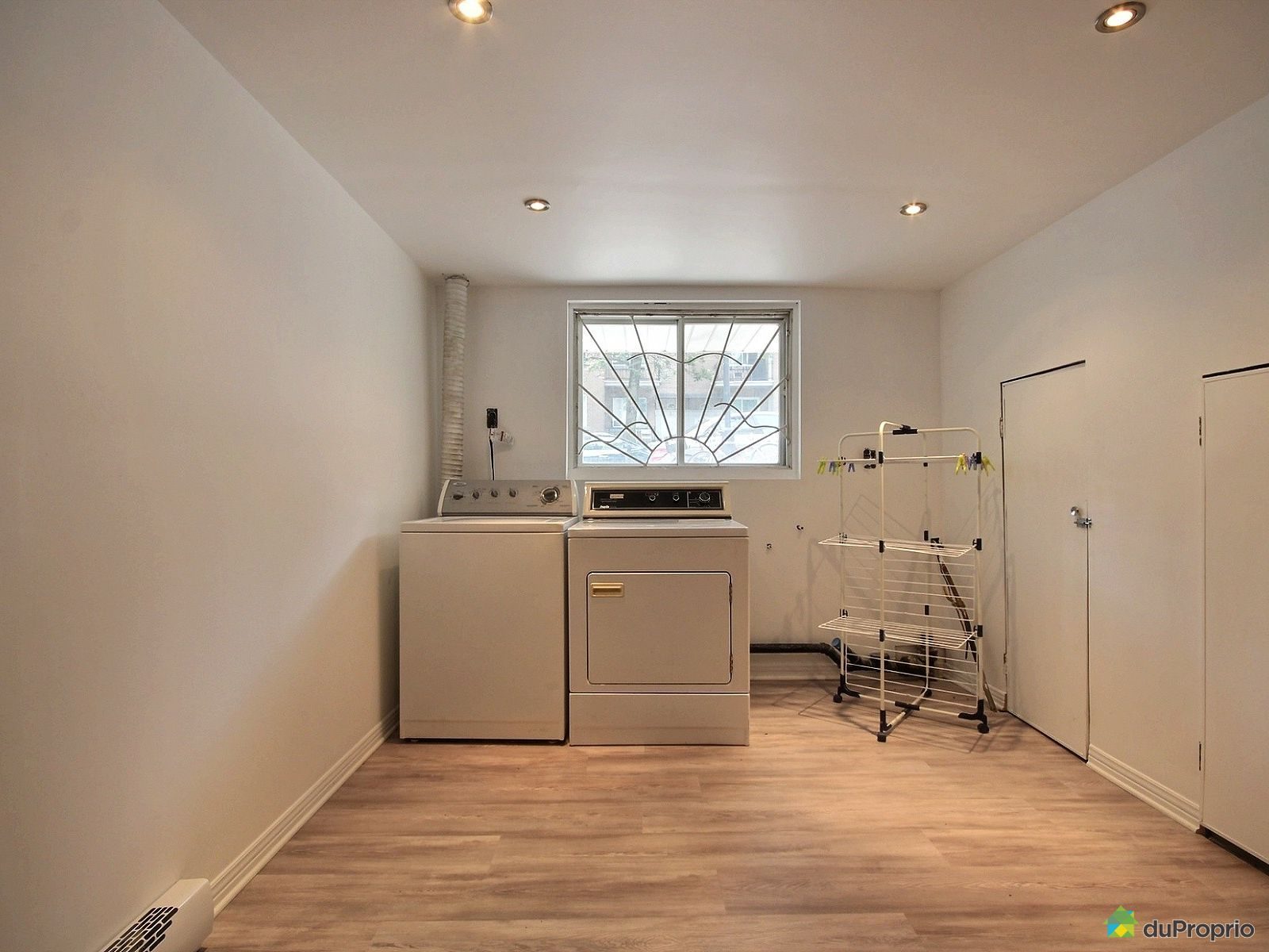duplex vendre montr al 2725 rue cuvillier immobilier qu bec duproprio 712801. Black Bedroom Furniture Sets. Home Design Ideas