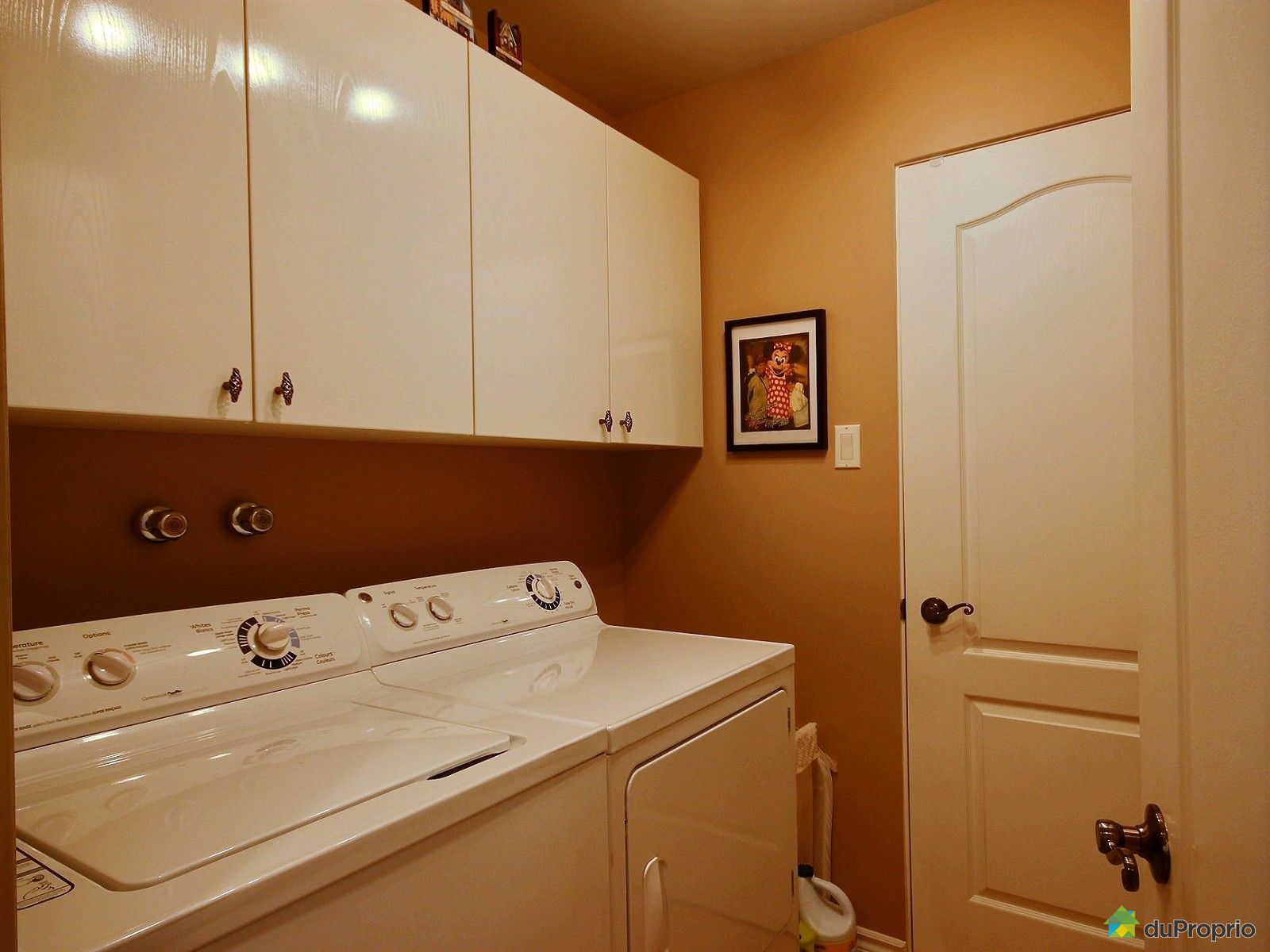jumel vendu chicoutimi immobilier qu bec duproprio 623241. Black Bedroom Furniture Sets. Home Design Ideas