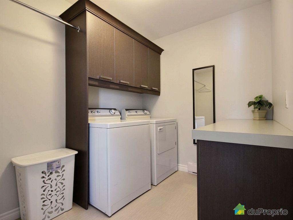 Maison vendu st gilles 212 rue domaine saint pierre for Garage st gilles