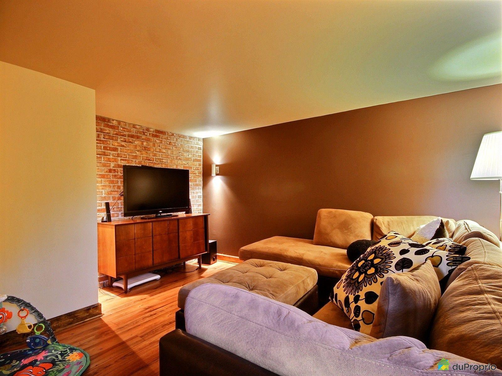 duplex vendu windsor immobilier qu bec duproprio 512857. Black Bedroom Furniture Sets. Home Design Ideas