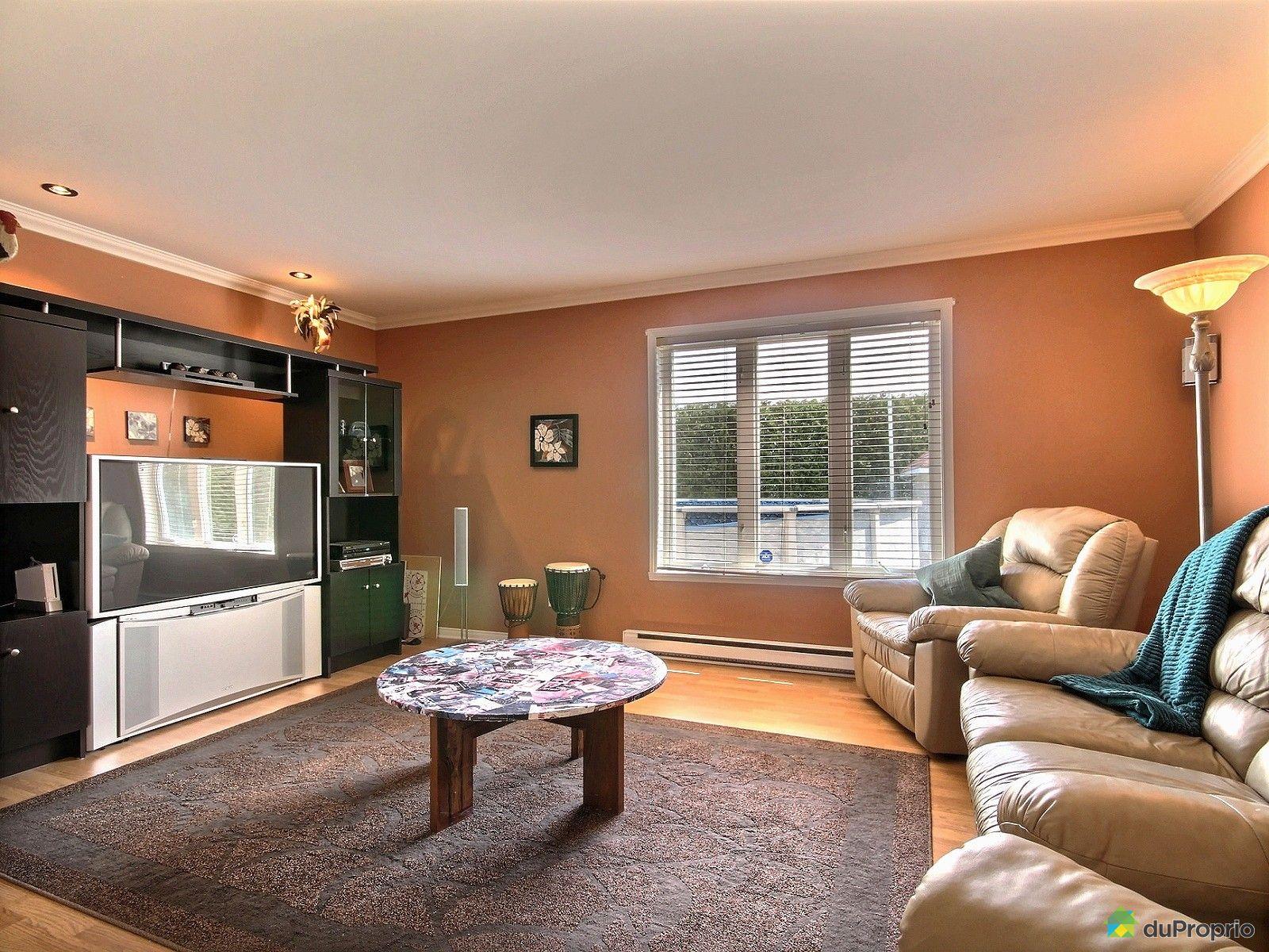 maison vendu st j r me immobilier qu bec duproprio 512097. Black Bedroom Furniture Sets. Home Design Ideas